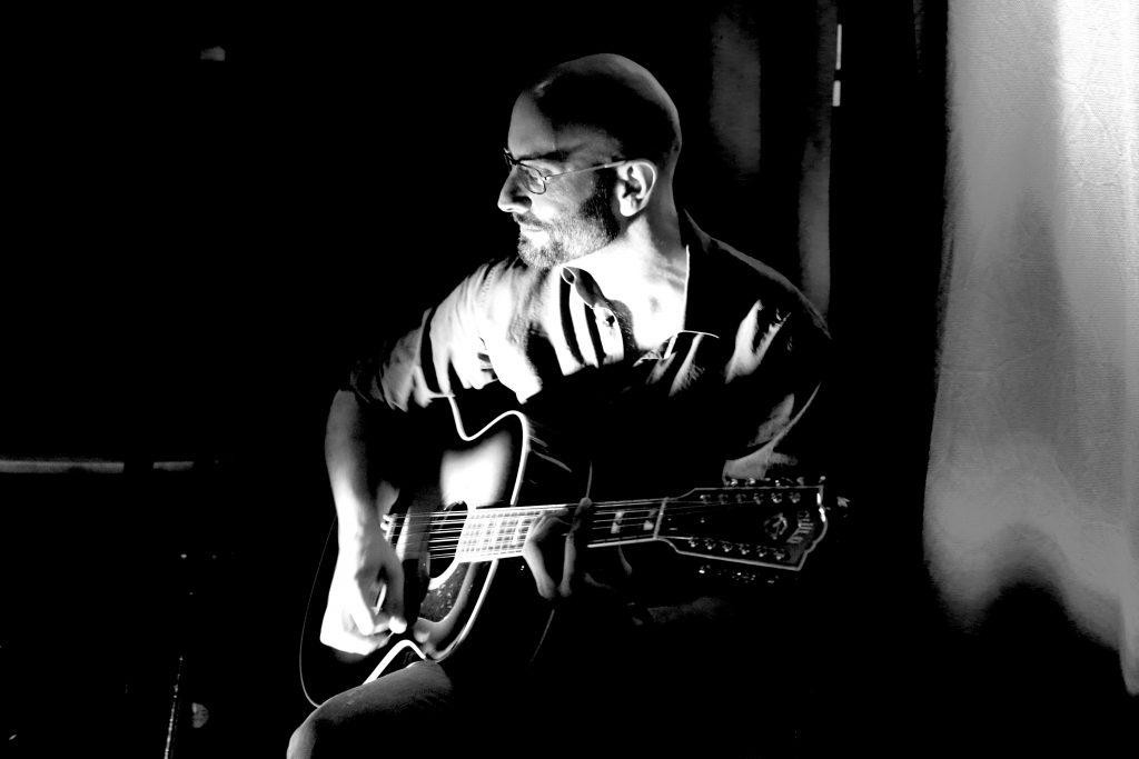 Clases de guitarra - Alfonso del Corral